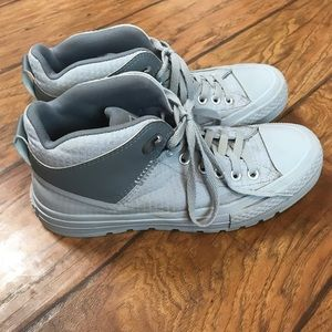 Converse Shoes - Converse chuck Taylor all star boot 8.5m